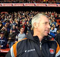 Photo: Alan Crowhurst.<br />Charlton Athletic v Aston Villa. The Barclays Premiership. 30/12/2006. Charlon boss Alan Pardew
