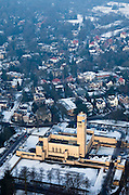 Nederland, Noord-Holland, Hilversum, 07-01-2010; Raadhuis (stadhuis), ontworpen door architect Willem Marinus Dudok; .Town Hall Hilversum.luchtfoto (toeslag), aerial photo (additional fee required).foto/photo Siebe Swart