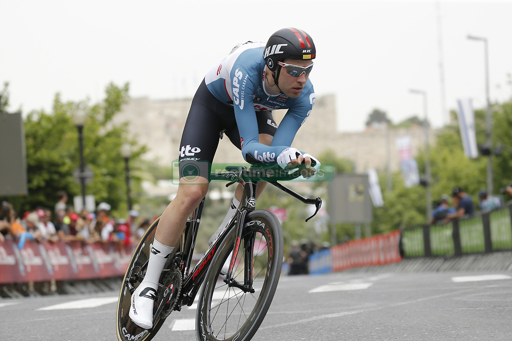 May 4, 2018 - Jerusalem, ISRAEL - Belgian Frederik Frison of Lotto Soudal pictured in action during the first stage of the 101st edition of the Giro D'Italia cycling tour, an individual time trial (9,7km) in Jerusalem, Israel, Friday 04 May 2018...BELGA PHOTO YUZURU SUNADA FRANCE OUT (Credit Image: © Yuzuru Sunada/Belga via ZUMA Press)