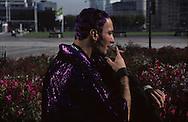 in la Defense  Paris  France    coiffure sculpture du coiffeur plasticien Jean Philippe Pages à  la défense  Paris  France  R00008/    L0006356  /  P101608