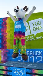 """15.01.2012, Bobbahn Igls, Innsbruck, AUT, Olympische Jugend Winterspiele, Rodeln, Herren, im Bild YOGL, das Maskottchen der YOG 2012 // YOGL, the mascot of the YOG 2012 in Innsbruck during the Mens Luge of the Winter Youth Olympic Games at the """"Bob Track Igls"""", Innsbruck, Austria on 2012/01/15, EXPA Pictures © 2012, PhotoCredit: EXPA/ Juergen Feichter"""