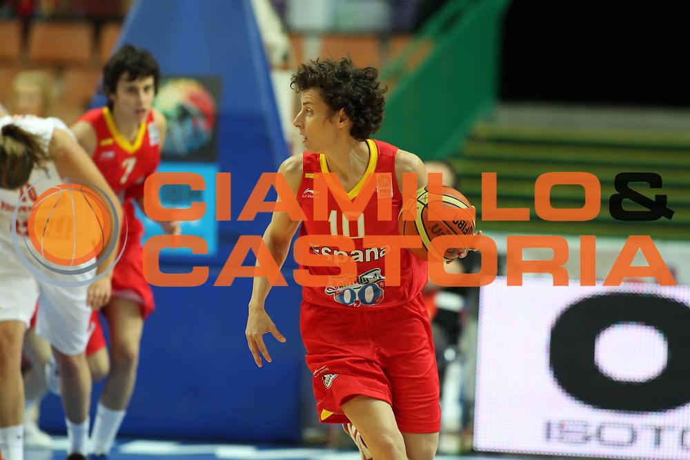DESCRIZIONE : Katowice Poland Polonia Eurobasket Women 2011 Round 1 Montenegro Spagna Montenegro Spain<br /> GIOCATORE : Elisa Aguilar<br /> SQUADRA : Spagna Spain<br /> EVENTO : Eurobasket Women 2011 Campionati Europei Donne 2011<br /> GARA : Montenegro Spagna Montenegro Spain<br /> DATA : 19/06/2011<br /> CATEGORIA :<br /> SPORT : Pallacanestro <br /> AUTORE : Agenzia Ciamillo-Castoria/E.Castoria<br /> Galleria : Eurobasket Women 2011<br /> Fotonotizia : Katowice Poland Polonia Eurobasket Women 2011 Round 1 Montenegro Spagna Montenegro Spain<br /> Predefinita :