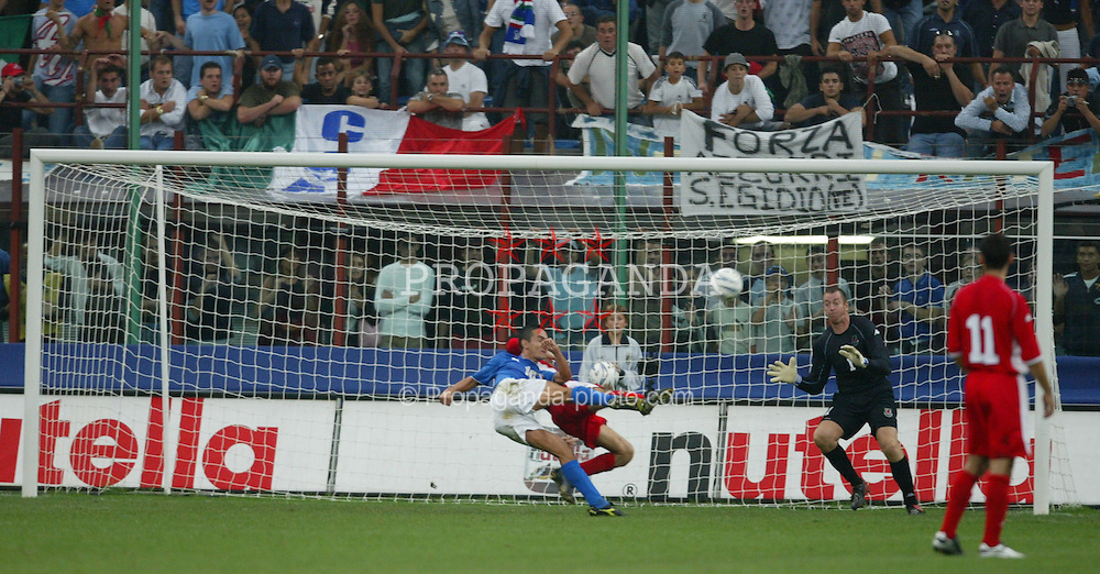 MILAN, ITALY - Saturday, September 6, 2003: Italy's Filippo Inzaghi fires over the bar from close range against Wales during the Euro 2004 qualifying match at the San Siro Stadium. (Pic by David Rawcliffe/Propaganda)