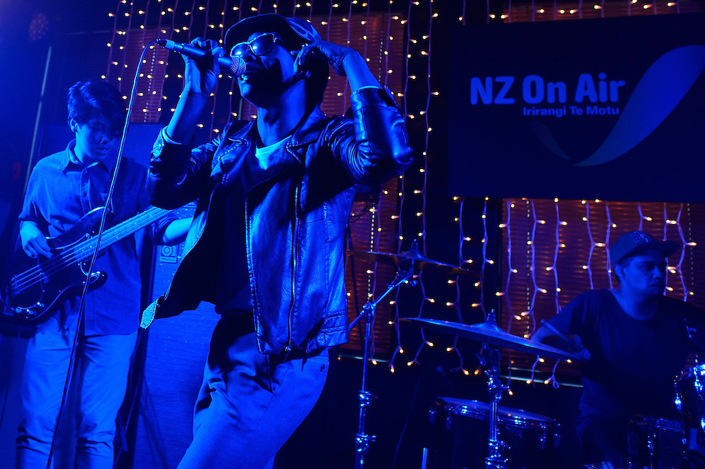 Loui the ZU performs at NZ On Air's Showcase. Backbeat Bar, Auckland. 15 November 2012