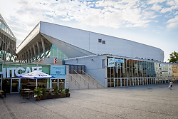 THEMENBILD – Die Wiener Stadthalle ist das groesste Veranstaltungszentrum Oesterreichs. Die Halle D ist mit einer Kapazitaet von 16.000 Personen Oesterreichs groeßte Veranstaltungshalle. Das Bild wurde am 1. August 2014 aufgenommen // THEMES IMAGE – The Wiener Stadthalle is the biggest Event Center of Austria. The hall D is with a capacity of 16.000 people the biggest event hall in Austria. The image was taken on the August 1, 2014. EXPA Pictures © 2014, PhotoCredit: EXPA/ Sebastian Pucher