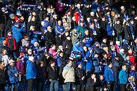 1. divisjon fotball 2015: Hødd - Fredrikstad.  Publikum før førstedivisjonskampen mellom Hødd og Fredrikstad på Høddvoll.