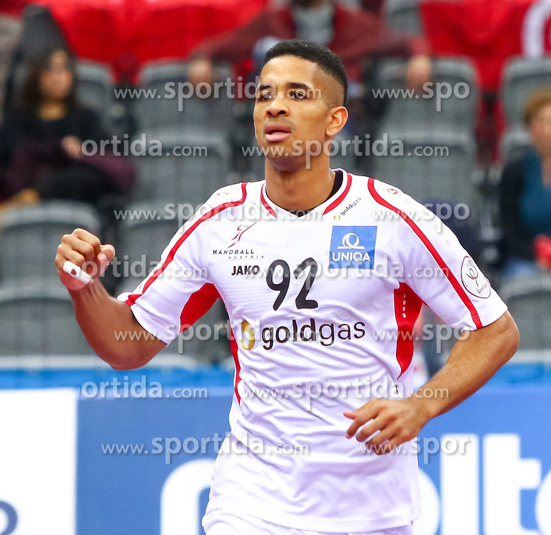 19.01.2015, Ali Bin Hamad Al Attiyah Arena, Doha, QAT, IHF, Handball Weltmeisterschaft der Herren, Gruppe B, Österreich vs Tunesien, im Bild Raul Santos (AUT) // during the IHF Handball World Championship group B match between Austria and Tunisia at the Ali Bin Hamad Al Attiyah Arena, Doha, Qatar on 2015/01/19. EXPA Pictures © 2015, PhotoCredit: EXPA/ Sebastian Pucher