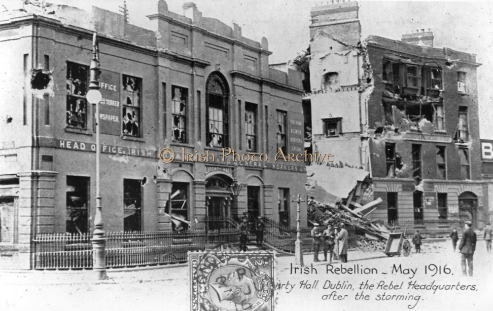 Anti-English Irish uprising, Dublin, May 1916: Ruins of the Rebel Headquarters after storming by English troops. Half-tone. Black-and-white