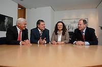 21 MAY 2007, BERLIN/GERMANY:<br /> Frank-Walter Steinmeier, SPD, Bundesaussenminister, Kurt Beck, SPD Parteivorsitzender, Andrea Nahles, MdB, SPD, Vorsitzende des Forums Demokratische Linke 21, Peer Steinbrueck, SPD, Bundesfinanzminister, (v.L.n.R.), vor einem gemeinsamen Gespraech, vor der Vorstellung der drei Kandidaten fuer den Posten des Stellvertretenden Parteivorsitzenden in den SPD-Gremien durch Beck, Buero des Parteivorsitzenden, Willy-Brandt-Haus<br /> IMAGE: 20070521-01-032<br /> KEYWORDS: Peer Steinbrück, Stellvertreter, Gruppe, Gruppenfoto, Gruppenbild, Gespräch