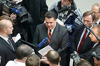 """10 DEC 2002, BERLIN/GERMANY:<br /> Sigmar Gabriel (L), SPD, Ministerpraesident Niedersachsen, umgeben von Journalisten, nach der Vorstellung seiner Buches """"Mehr Politik wagen"""", Haus der Bundespressekonferenz<br /> IMAGE: 20021210-01-021<br /> KEYWORDS: Ministerpräsident, Journalist"""