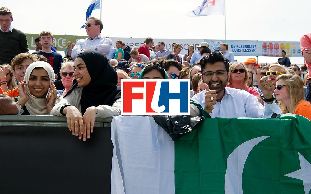 BREDA - Rabobank Hockey Champions Trophy<br /> India - Pakistan<br /> Photo: Pakistani fans.<br /> COPYRIGHT WORLDSPORTPICS FRANK UIJLENBROEK