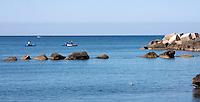 Barche a remi poco distanti dal porto di Gallipoli (LE)