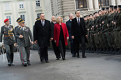 26.10.2016, Heldenplatz, Wien, AUT, Nationalfeiertag und Angelobung der neuen Rekruten. im Bild v.l.n.r. Generalstabschef Othmar Commenda, Bundesminister für Landesverteidigung und Sport Hans Peter Doskozil (SPÖ), Nationalratspräsidentin Doris Bures (SPÖ) und Bundeskanzler Christian Kern (SPÖ) // f.l.t.r. Chief of Staff General Othmar Commenda, Austrian Minister of Defence and Sport Hans Peter Doskozil, President of the National Council Doris Bures (SPOe) and Federal Chancellor of Austria Christian Kern during Austrian National Day at Heldenplatz in Vienna, Austria on 2016/10/26 EXPA Pictures © 2016, PhotoCredit: EXPA/ Michael Gruber