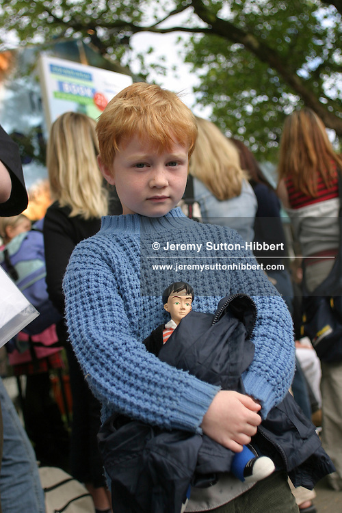 Kieran O'Donnell, fan of Harry Potter, in queue to see JK Rowling book reading..( Pictures, non-exclusive).