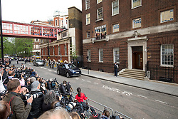 © Licensed to London News Pictures. 23/04/2018. London, UK. Media await the departure of the Duke of Cambridge from the Lindo Wing of St Mary's Hospital in west London, after his new born baby son, the Prince of Cambridge was born at 11:01 AM today. The baby weighed 8lbs 7oz and is fifth in line to the throne. Photo credit : Tom Nicholson/LNP