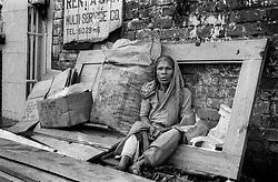 BANGLADESH DHAKA MAR94 - Portrait of a homeless woman in Mohammadpur, Dhaka...jre/Photo by Jiri Rezac..© Jiri Rezac 1994