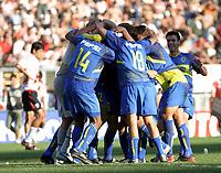 Fotball<br />Argentina<br />09/11/03 RIVER PLATE (0 ) Vs. BOCA JUNIORS (2 ). <br />BOCA IS CELEBRATING A GOAL<br />Foto: Digitalsport