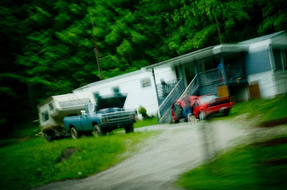 A trailer home in Kayford Mountain..Photographer: Chris Maluszynski /MOMENT