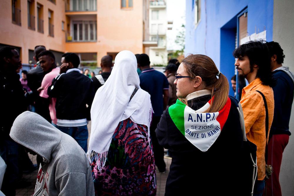 Il 25 aprile, giorno di liberazione dell'Italia dall'occupazione nazi-fascista, l'ANPI Nizza-Lingotto promuove un pranzo presso le palazzine occupate dell'ex villaggio olimpico con i migranti dell'emergenza Nord Africa. <br /> Torino, 25-4-'13