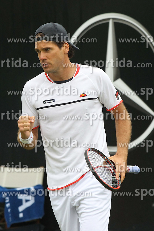 09.06.2015, Tennis Club Weissenhof, Stuttgart, GER, ATP Tour, Mercedes Cup Stuttgart, im Bild Tommy Haas ( GER ) ballt die Faust // during the Mercedes Cup of ATP world Tour at the Tennis Club Weissenhof in Stuttgart, Germany on 2015/06/09. EXPA Pictures &copy; 2015, PhotoCredit: EXPA/ Eibner-Pressefoto/ Langer<br /> <br /> *****ATTENTION - OUT of GER*****