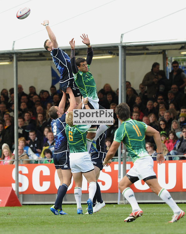Both Scotland and Couth Africa miss out in the line out at the Emirates Airlines Glasgow 7s at Scotstoun Stadium 5th / 6th May 2012 .Lorraine Hill : STOCKPIX