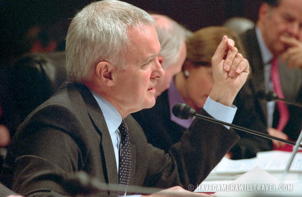 Bob Kerrey at the 9/11 Commission's 9th Public Hearing, held in Washington DC. This was a special hearing to hear the testimony of National Security Adviser Condoleezza Rice.