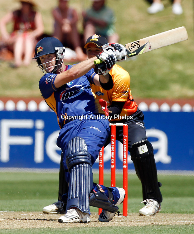 Volts Aaron Redmond during the Twenty20 Cricket - HRV Cup, Firebirds v Volts at the Basin Reserve, Wellington, 04 December 2010. Photo: Anthony Phelps/PHOTOSPORT