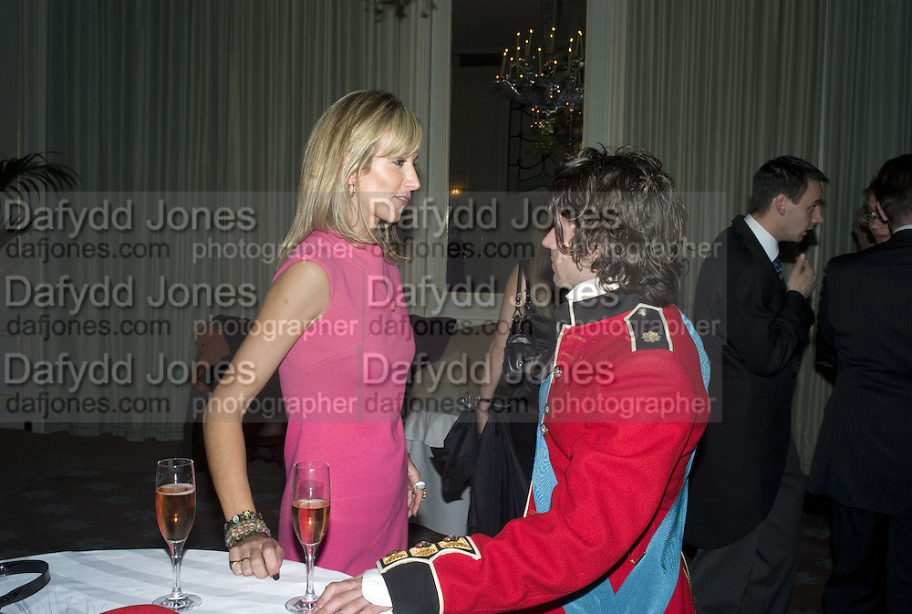 LADY VICTORIA HERVEY AND NICK HACKWORTH, Tim Noble and Sue Webster: Sacrificial Heart. Gagosian . Davies St. London and afterwards Claridges. 11 December 2007. . -DO NOT ARCHIVE-© Copyright Photograph by Dafydd Jones. 248 Clapham Rd. London SW9 0PZ. Tel 0207 820 0771. www.dafjones.com.