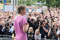 19 JUL 2019, BERLIN/GERMANY:<br /> Greta Thunberg, Klimaschutzaktivistin aus Schweden, haelt eine Rede auf einer Demonstration von Schuelern und Jugendlichen fuer einen besseren Schutz des Klimas, Invalidenpark<br /> IMAGE: 20190719-01-009<br /> KEYWORDS: Demo, Protest, Klimaschutz, Klimawandel, Schüler, climate, speech