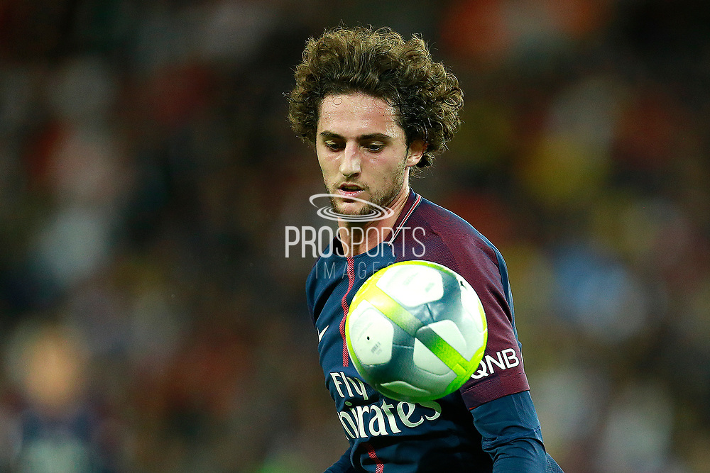 Paris Saint-Germain's French midfielder Adrien Rabiot runs with the ball during the French championship L1 football match between Paris Saint-Germain (PSG) and Toulouse, on August 20, 2017, at the Parc des Princes, in Paris, France - Photo Benjamin Cremel / ProSportsImages / DPPI