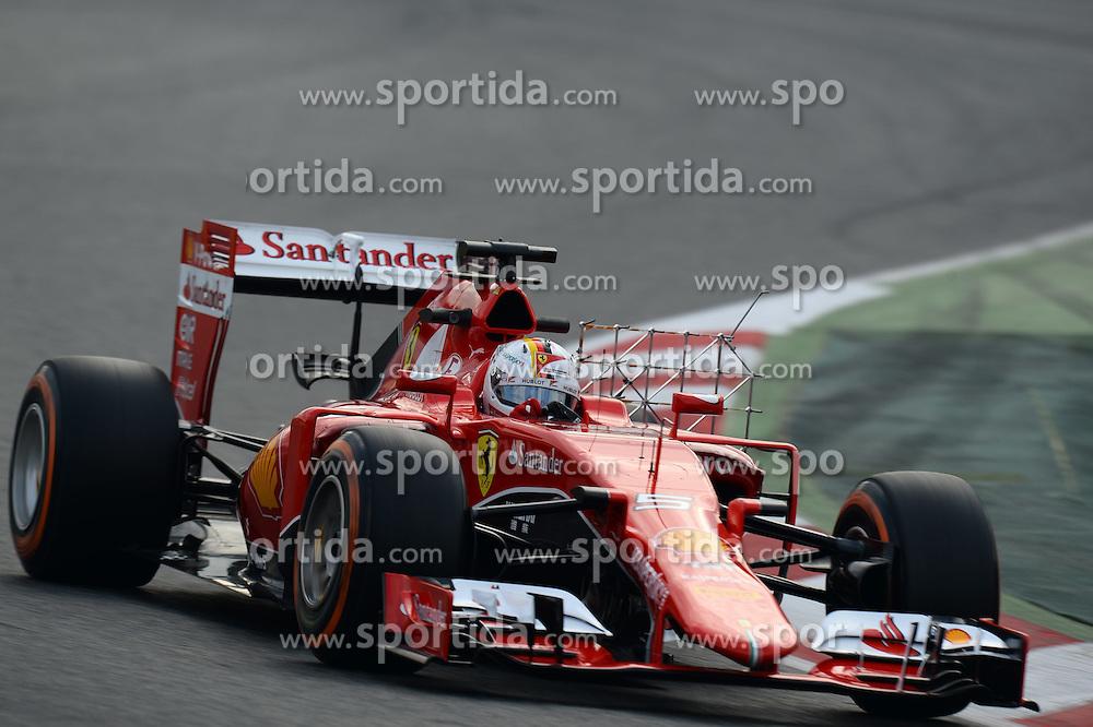 27.02.2015, Circuit de Catalunya, Barcelona, ESP, FIA, Formel 1, Testfahrten, Barcelona, Tag 2, im Bild Sebastian Vettel (GER) Ferrari SF15-T // during the Formula One Testdrives, day two at the Circuit de Catalunya in Barcelona, Spain on 2015/02/27. EXPA Pictures &copy; 2015, PhotoCredit: EXPA/ Sutton Images/ Patrik Lundin Images<br /> <br /> *****ATTENTION - for AUT, SLO, CRO, SRB, BIH, MAZ only*****