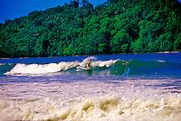 Surfing, Playa Espadilla Norte, Manuel Antonio, Costa Rica