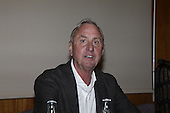 Johan Cruyff speking about lung cancer