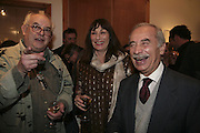 Ralph Steadman. Angelica Huston and Hector Nabulski, Hunter S Thompson: Gonzo -Michael Hoppen Gallery, London, SW3, Photographs of, and by Hunter Thompson.1 February 2007.  -DO NOT ARCHIVE-© Copyright Photograph by Dafydd Jones. 248 Clapham Rd. London SW9 0PZ. Tel 0207 820 0771. www.dafjones.com.
