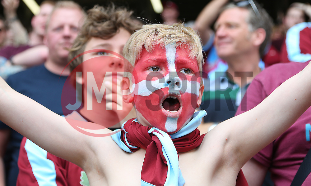 A Burnley fan - Mandatory by-line: Paul Terry/JMP - 07/05/2016 - FOOTBALL - The Valley - London, England - Charlton Athletic v Burnley - Sky Bet Championship