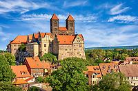 Schlossberg mit Stiftskirche St. Servatii und Stiftsgebäuden und seit 1994 ist Quedlinburgs auf der UNESCO-Liste des Weltkulturerbes.