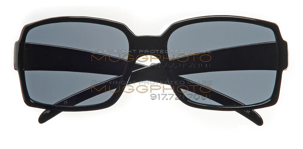 nine west sunglasses square