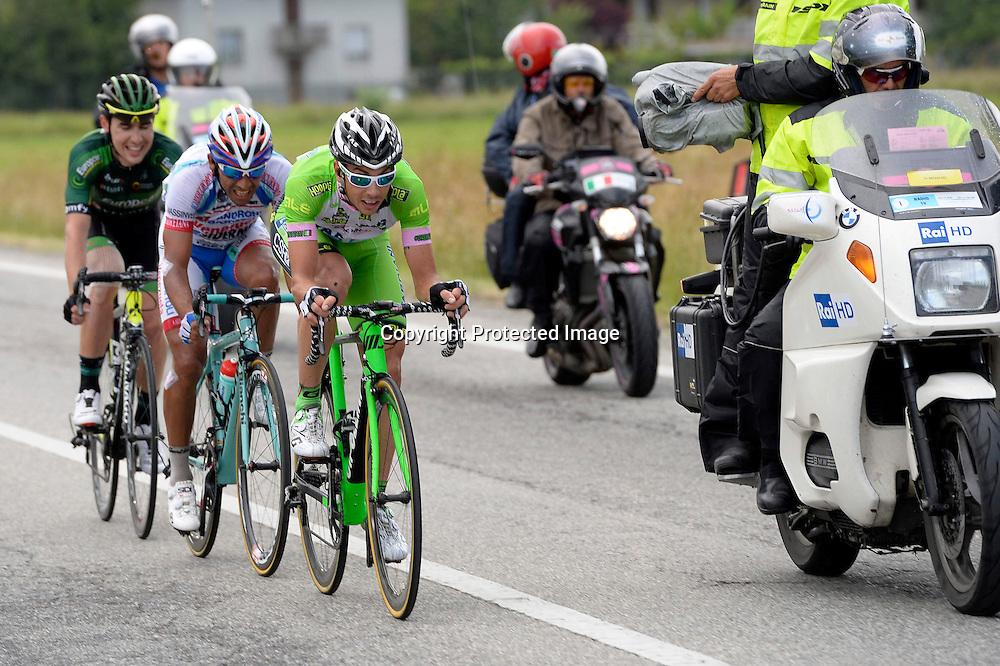 foto Fabio Ferrari - LaPresse<br /> 23 05 2014 Rivrolo, Torino (Italia)<br /> sport<br /> Giro d'Italia 2014 - 13a tappa - Rvarolo-Fossano Canavese.<br /> nella foto: durante la gara.Canola Marco -Ita- (Bardiani Csf) vincitore di tappa Rodriguez Jackson -Ven- (Androni Venezuela) Tulik Angelo -Fra- (Europcar)<br /> <br /> photo Fabio Ferrari - LaPresse<br /> 23 05 2014  Barbaresco, Alba (Italia)<br /> sport<br /> Giro d'Italia 2014 - 13th stage -Rvarolo-Fossano Canavese.<br /> In the picture:during the race.Canola Marco -Ita- (Bardiani Csf)  Rodriguez Jackson -Ven- (Androni Venezuela) Tulik Angelo -Fra- (Europcar)