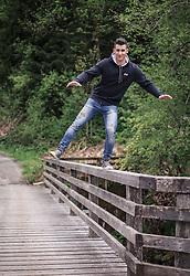 14.05.2015, Viehhofen, AUT, Slaven Dujakovic im Portrait, im Bild Slaven Dujakovic der Österreichische Skifahrer mit bosnischen Wurzeln, während eines Fototermins // the Austrian skier with Bosnian roots, Slaven Dujakovic, poses during a photo shoot in Viehhofen, Austria on 2015/02/03. EXPA Pictures © 2015, PhotoCredit: EXPA/ JFK