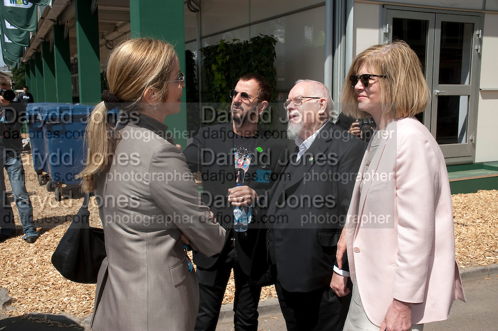 BARBARA BACH; RINGO STAR; SIR PETER BLAKE; LADY BLAKE, PRESS PREVIEW. The RHS Chelsea Flower Show 2011. The Royal Hospital grounds. Chelsea. London. 23 May 2011. <br /> <br />  , -DO NOT ARCHIVE-© Copyright Photograph by Dafydd Jones. 248 Clapham Rd. London SW9 0PZ. Tel 0207 820 0771. www.dafjones.com.