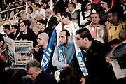 BENEVENTO. SOSTENITORI DEL PARTITO DEL POPOLO DELLA LIBERTA' SUGLI SPALTI IN OCCASIONE DELLA FESTA DELLA LIBERTA'