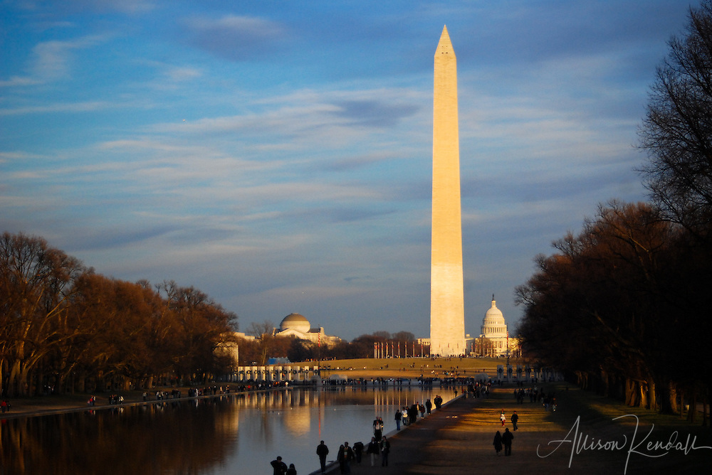 The Washington monument, viewed on a winter evening