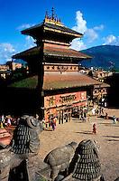 Nepal - Vallée de Kathmandu - Ville de Bakhtapur - Taumadhi square