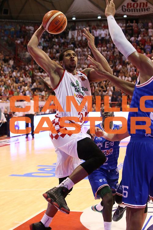DESCRIZIONE : Campionato 2015/16 Giorgio Tesi Group Pistoia - Enel Brindisi<br /> GIOCATORE : Blackshear Wayne <br /> CATEGORIA : Tiro Penetrazione<br /> SQUADRA : Giorgio Tesi Group Pistoia<br /> EVENTO : LegaBasket Serie A Beko 2015/2016<br /> GARA : Giorgio Tesi Group Pistoia - Enel Brindisi<br /> DATA : 04/10/2015<br /> SPORT : Pallacanestro <br /> AUTORE : Agenzia Ciamillo-Castoria/S.D'Errico<br /> Galleria : LegaBasket Serie A Beko 2015/2016<br /> Fotonotizia : Campionato 2015/16 Giorgio Tesi Group Pistoia - Enel Brindisi<br /> Predefinita :