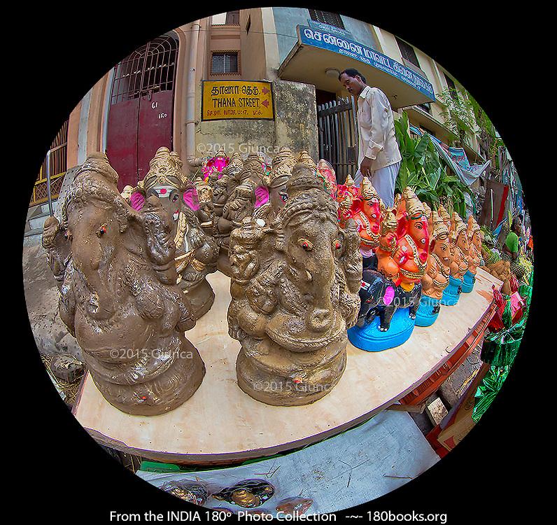 Eco-Friendly Ganesha Statues