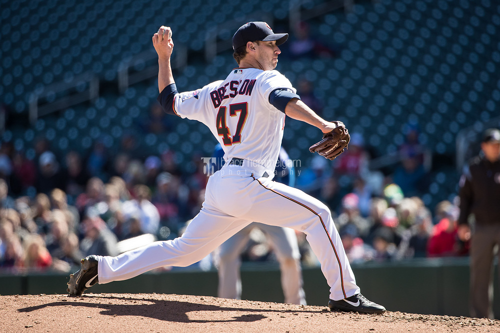 MINNEAPOLIS, MN- APRIL 6: Craig Breslow #47 of the Minnesota Twins pitches against the Kansas City Royals on April 6, 2017 at Target Field in Minneapolis, Minnesota. The Twins defeated the Royals 5-3. (Photo by Brace Hemmelgarn) *** Local Caption *** Craig Breslow