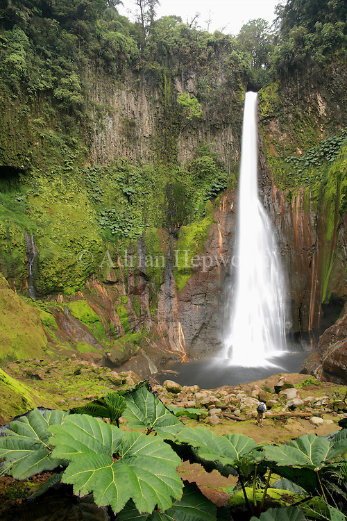 Del Toro Waterfall, Near Poas Volcano, Costa Rica.<br />