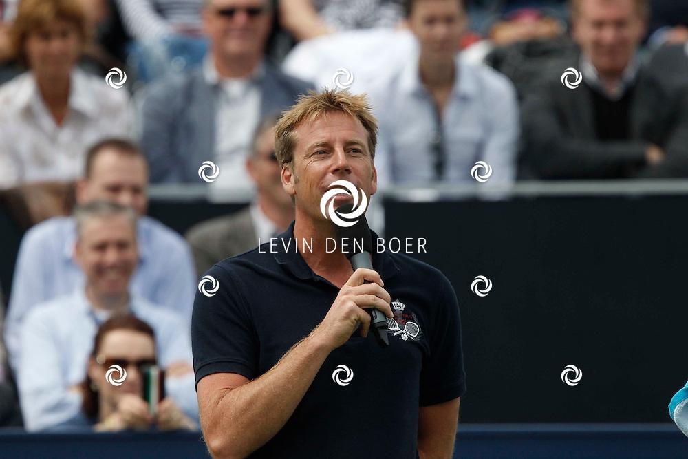 ROSMALEN - Op de Unicef Open is Edward van Cuilenborg de presentator van Centre Court. FOTO LEVIN DEN BOER - PERSFOTO.NU