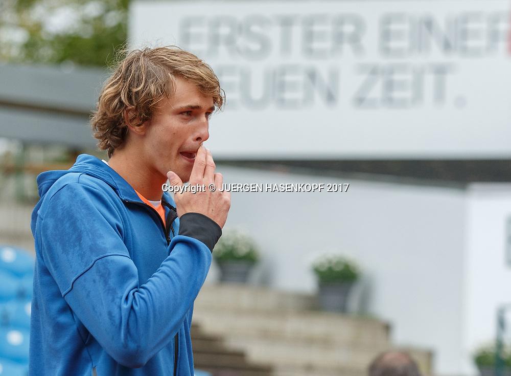 Sieger ALEXANDER ZVEREV (GER)  Hintergrund Schriftzug: ERSTER EINER NEUEN ZEIT,Symbol,Endspiel, Final, Siegerehrung<br /> <br /> Tennis - BMW Open 2017 -  ATP  -  MTTC Iphitos - Munich -  - Germany  - 7 May 2017.