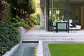 Modern Garden 1011